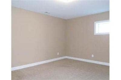 Huntingtown - Large 2 bedroom basement apartment with kitchen.