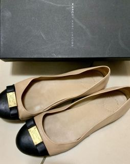 Marc by Marc Jacobs Flats - Size 37