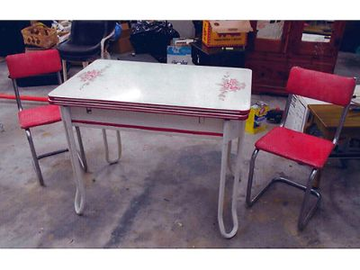 TABLE, RETRO, FROM THE 1930'S-1950'S?, W/2 RED ...