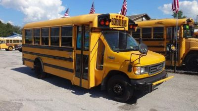 2003 Ford 5 Row School Bus
