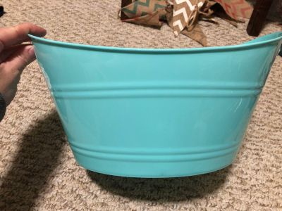 Teal container
