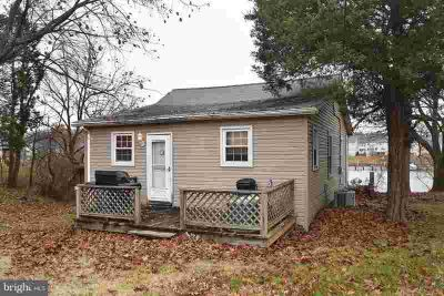1705 Williams Ave Essex Two BR, Cozy cottage tucked away w/2