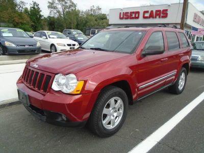 2010 Jeep Grand Cherokee Laredo (Red)
