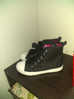 Cat and Jack Black Sparkly high top girls shoes Size 13