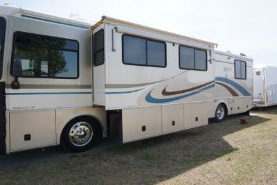 2000 fleetwood 39v diesel pusher