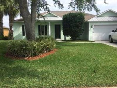 2440 4th Lane Vero Beach Four BR, Gated community