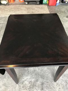 Table plus 2 chairs
