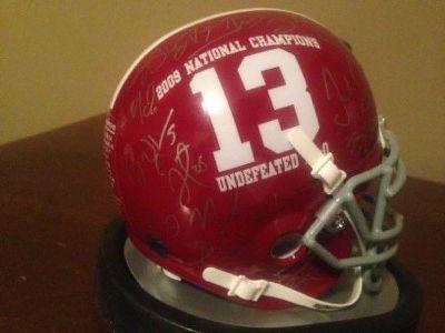 $200 ALABAMA Crimson Tide Mini Helmet. Signed by 2009 team