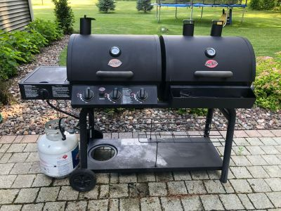 CharBroil Dual Combo (gas/charcoal) grill