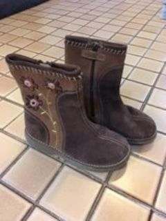 Stride Rite girl's suede boots size 10