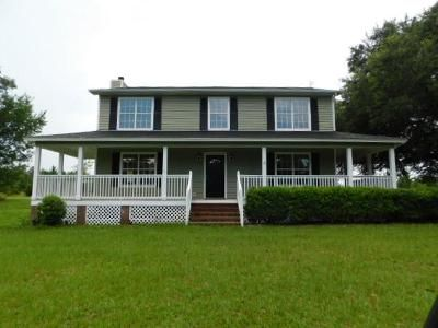 3 Bed 2 Bath Foreclosure Property in Albany, GA 31705 - Pine Cone Rd