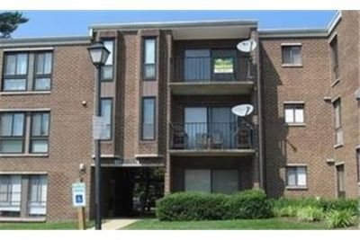 3 bedrooms Apartment - Come rent this renovated unit withall NEW KITCHEN APPLIANCES.
