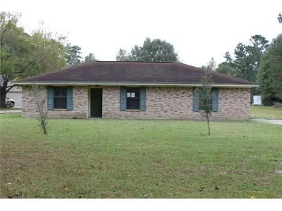3 Bed 2 Bath Foreclosure Property in Silsbee, TX 77656 - Lindsey St