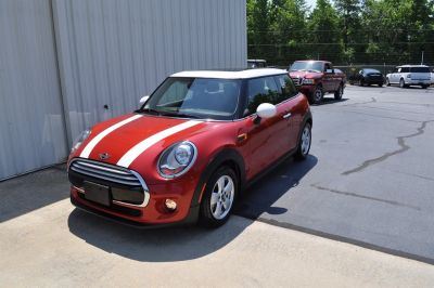2014 MINI Cooper Base (Red)