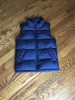 New without tags! Navy Blue Land s End Down vest! Size 4! $15