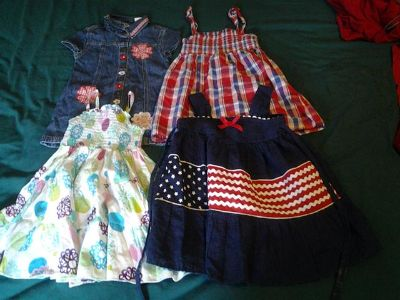 $25, lot of toddler girls clothing 35 items 2t -3t contact  830256-5353