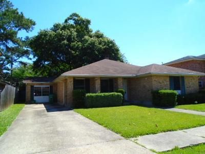 4 Bed 2 Bath Foreclosure Property in Metairie, LA 70003 - Wade Dr