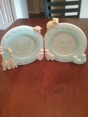 Picture frame for Twins