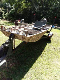 14 ft Camouflaged Aluminum Tracker Jon Boat