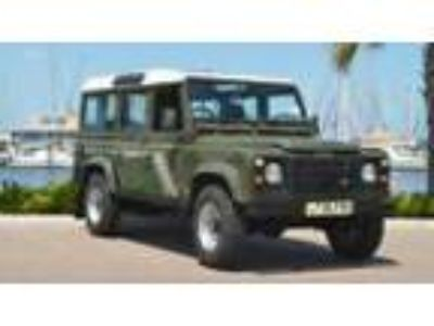 1993 Land Rover Defender COUNTY STATION WAGON 1993 LAND ROVER DEFENDER 200TDI