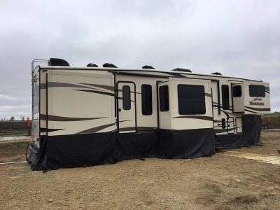 2015 Keystone Montana 3711FL