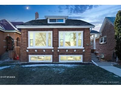 5 Bed 3 Bath Foreclosure Property in Chicago, IL 60634 - W Henderson St