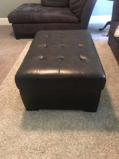 BROWN LEATHER OTTOMAN with twin bed
