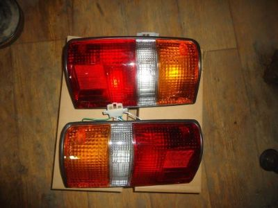Purchase toyota pickup 1989,90,91,92,93,94,95 tail light,truck rear lamp assy,pair motorcycle in Calexico, California, United States, for US $60.00