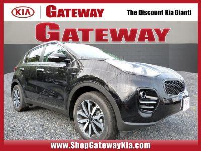 2019 Kia Sportage (Black Cherry)