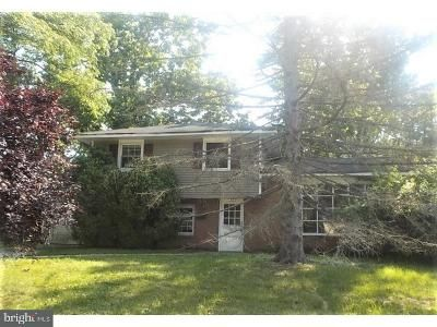 3 Bed 3 Bath Foreclosure Property in Cherry Hill, NJ 08034 - Brookmead Dr