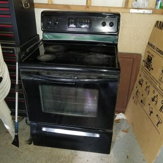 Stove and dishwasher for sale