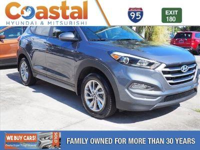 2017 Hyundai Tucson SE (gray)