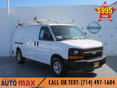 2010 Chevrolet Express 2500 2500 (White)