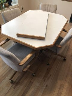 Wagner s Oak Table with Rolling Chairs