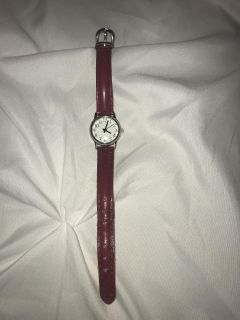 GUC LADIES WATCH WITH RED BAND