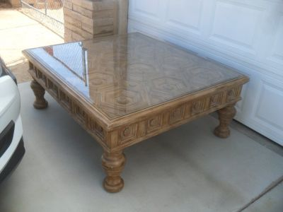 ~~~ Large Coffee Table ~~~