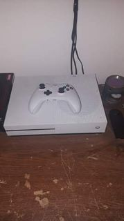 Xbox One S With Controller And Games