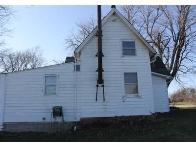 4 Bed 1 Bath Foreclosure Property in Saint Charles, IA 50240 - Saint Charles Rd