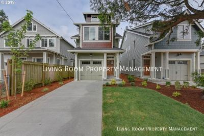 3BR Townhome in the Heart of North Portland with A/C!