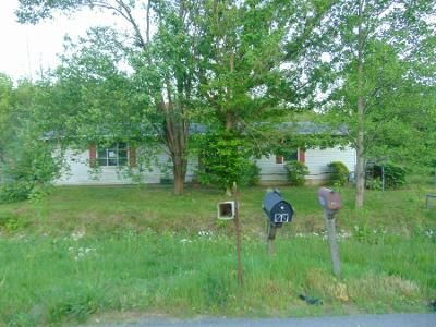 3 Bed 1.0 Bath Preforeclosure Property in Lebanon Junction, KY 40150 - S Preston Hwy