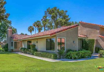 7 TENNIS CLUB Drive RANCHO MIRAGE Three BR, Updated & Move-in
