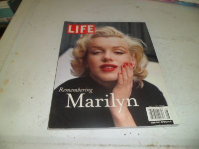 hard back *LIFE* remembering marilyn monroe