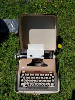 Vintage typewriter works by royal