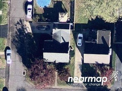 3 Bed 1.0 Bath Preforeclosure Property in Levittown, PA 19054 - 2nd St