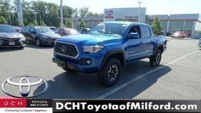 2018 Toyota Tacoma (BLUE M.M.)