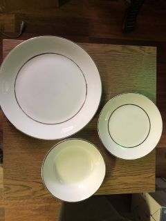 DISHES 60 Piece Dish Set Plus Extras English Ironstone Salem