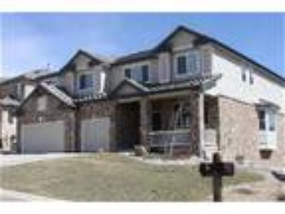 Executive Home in Gated Castle Pines Community - House