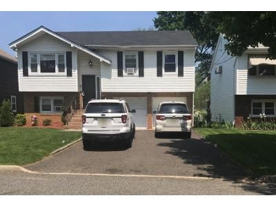 Preforeclosure Property in Clifton, NJ 07014 - Fenlon Blvd