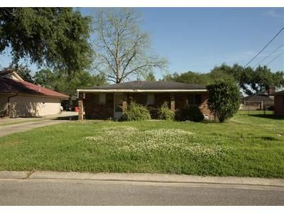2 Bed 1 Bath Foreclosure Property in Plaquemine, LA 70764 - Postell Ave