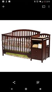 Delta Sonoma convertible crib with changing table
